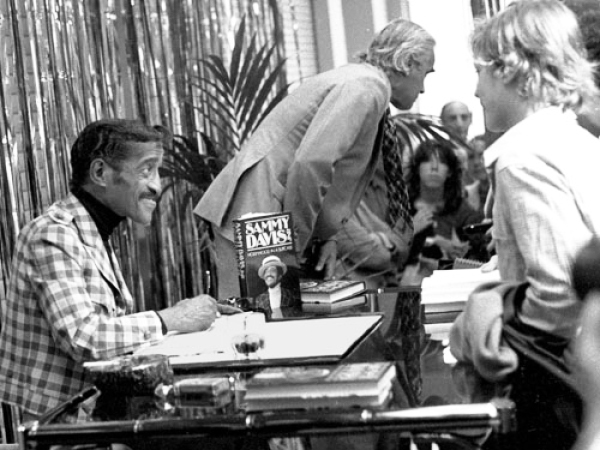 Sammy Davis at a book signing for Hollywood In A Suitcase